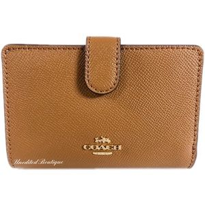 COACH Medium Corner Zip Wallet In Crossgrain Leath